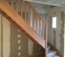 Pose de l'escalier terminée !! :)