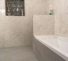 Salle de bain (presque) terminée