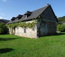 grosse renovation d une maison dans la vallee de la neste hautes pyrenees la lortesienne
