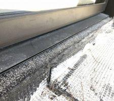 Pose des menuiseries K-line aluminium noir 2100 sablé
