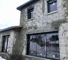 Baies coulissantes Péralu de chez BAIC (2m & 3m50) Fenêtre PVC FenêtréA EnorA à l étage