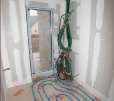 Pose du plancher chauffant - Vue du cellier