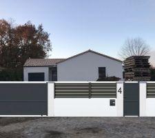 Plan pour la future clôture de façade avec portail coulissant motorisé et portillon