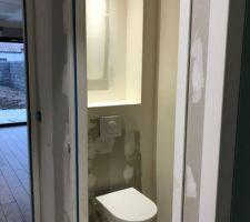 Eclairage niche WC