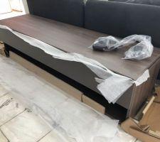 Arrivée des meubles à la maison