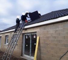 Pose des panneaux photovoltaïques