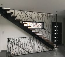 Escalier Métal et Bois (Noyer) - Ets Kleiber Métallerie
