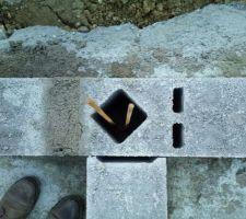 13/02/2018 - Jour 5 : Élévation du vide sanitaire - quelques parpaings ne sont pas encore remplis de ciment