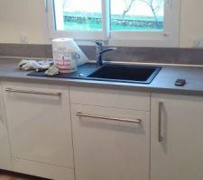 évier + lavae vaisselle ++ meuble poubelle + 2 petit meubles de 30