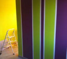 Peinture dans la chambre de Mélodie terminée
