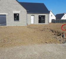 Mise en place de l'accès chantier et etalement des terres
