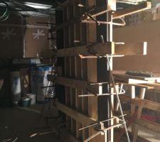Structure pour couler le mur en béton banché déco dans la cuisine