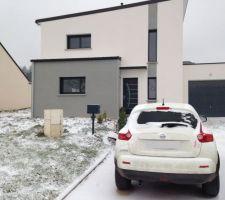 La maison sous la neige! Merci Imprevu pour le cryptage photo de la pkaque d'immat.