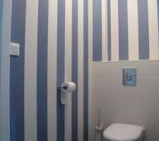 WC côté chambre tapissé !