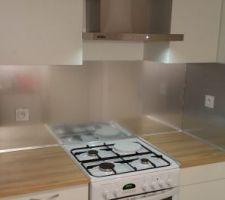 J ai enlevé le couvercle de la cuisinière pour plus l incorporer.