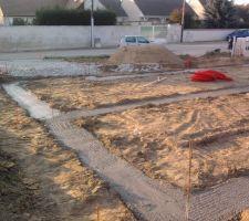 Les fondations ont été faites le 12-10 dans la journée.