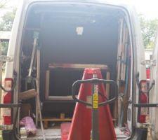 Sortie de l'insert du camion