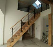 Escalier et parquet mezzanine.