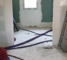 Électricité et plomberie chambre