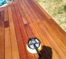 Décapage de la terrasse après application huile de lin + térébenthine