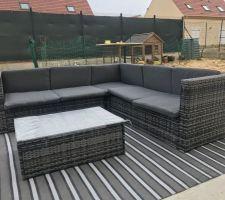Salon de jardin installé