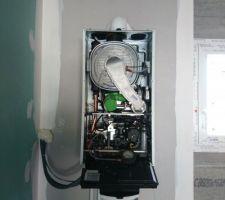 Échec de la mise en service de la chaudière pas de gaz qui arrive alors que la cuve est pleine et les vanne ouverte