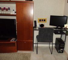 Nouveau petit coin bureau dans le salon