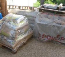 Détail des matériaux livrés.Il faut tout descendre...