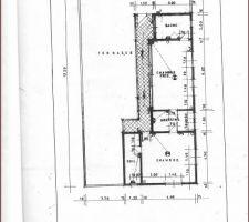 2 eme etage avec les chambres des parents et des enfants avec un dressing et les salles de bain . La terrasse recevra une aire pour le barbeque et une tente marocaine.