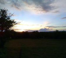 Le soir le soleil se couche   est c 'est beau