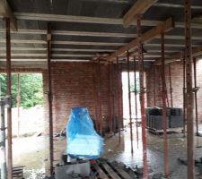 Dalle salon préparation  emplacement cheminée