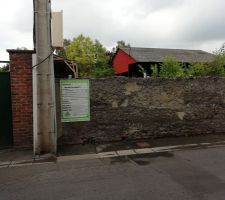 Mur à abbatre pour laisser apparaitre le portail en retrait