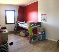 Une Chambre enfant (lit de chez But)