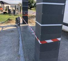 Préparation seuil portail coulissant 4m
