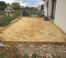 Préparation de la terrasse : Etape 4 : Passage de la plaque vibrante