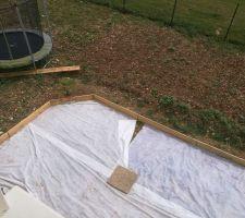 Préparation de la terrasse : Etape 1 : Coffrage et géotextile