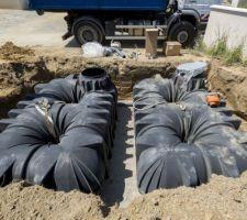 Installation des deux cuves eaux pluviales GRAF Platine 7500L.