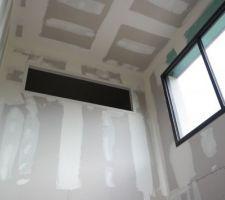 Fenêtre panoramique chambre sur vide sur sejour