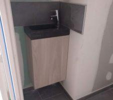 Lave main des WC (sanitaires en travaux reservés)