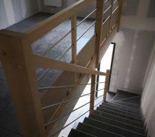 Escalier bois inox verre