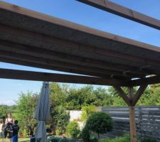 Montage Pergola en bois côté cuisine - toit en OSB + Bardeau bitumé