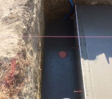 Fosse volet immergé et puits de décompression