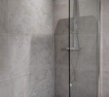Douche à l'italienne avec paroi de 120x200cm en verre 101mm