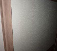 detail portes de placard de notre chambre