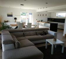Salon séjour et cuisine