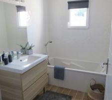 La salle de bain terminée!