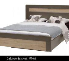 Cadre de lit choisi