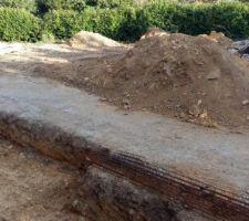 Départ des fondations de la future terrasse