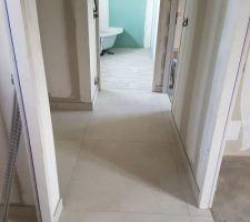 Carrelage couloir étage et salle de bain
