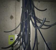 Pose des gaines électriques / Emplacement tableau